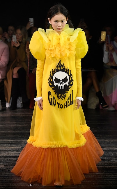 Model, Viktor & Rolf, Haute Couture, 2019 Paris Fashion Week