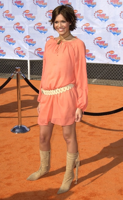 Mandy Moore, Embarrassing fashion trends, Belts