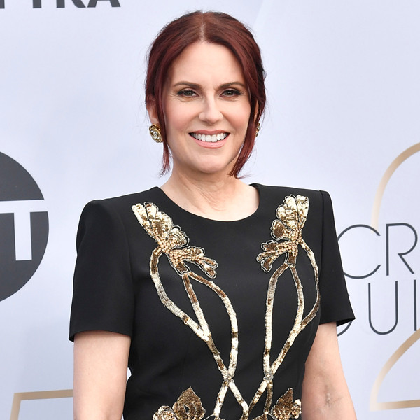 A Song, Smitty and Sexts: These Are Megan Mullally's Best Moments From the 2019 SAG Awards