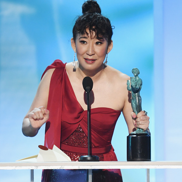 Sandra Oh Gives an Emotional Tribute to Fellow Actors After SAG Win