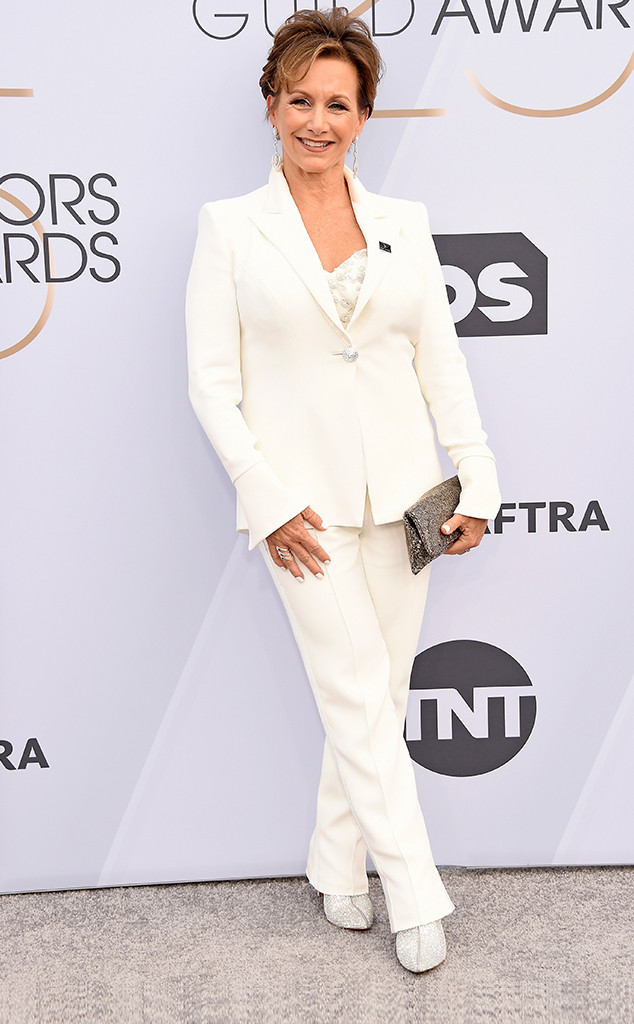 Gabrielle Carteris, 2019 SAG Awards, Screen Actors Guild, Red Carpet Fashions
