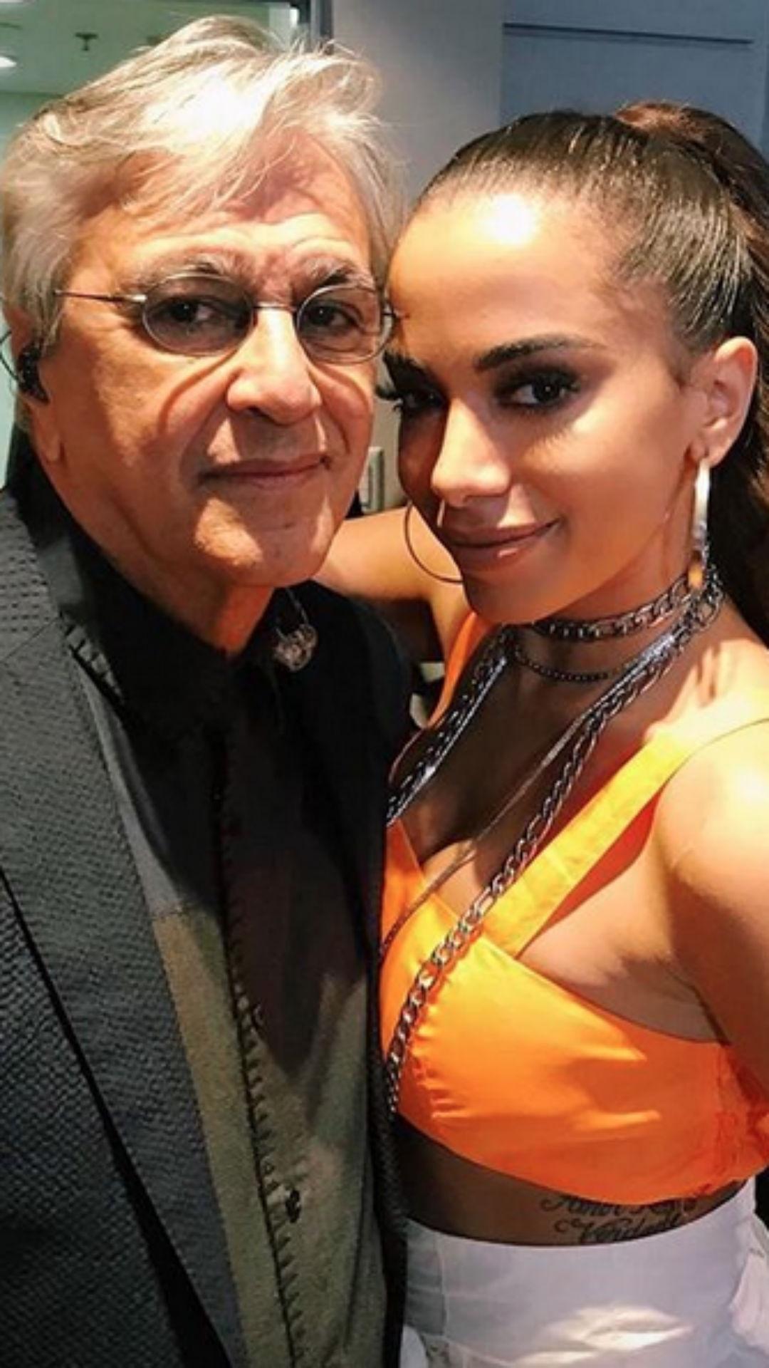 Anitta, Caetano Veloso