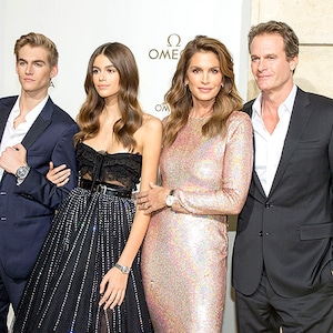 Presley Gerber, Kaia Gerber, Cindy Crawford, Rande Gerber,Paris Fashion Week