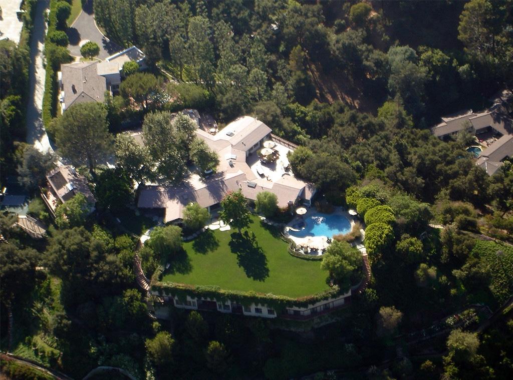 Ben Affleck, Jennifer Garner Compound, Home