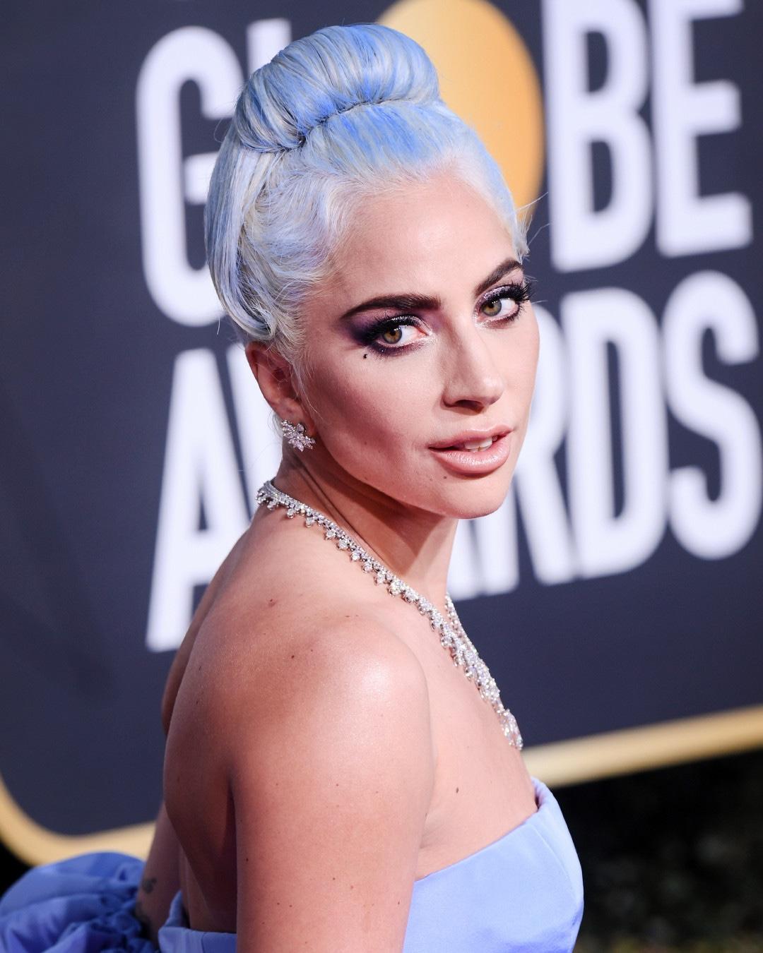 ESC: Golden Globes Beauty, Lady Gaga