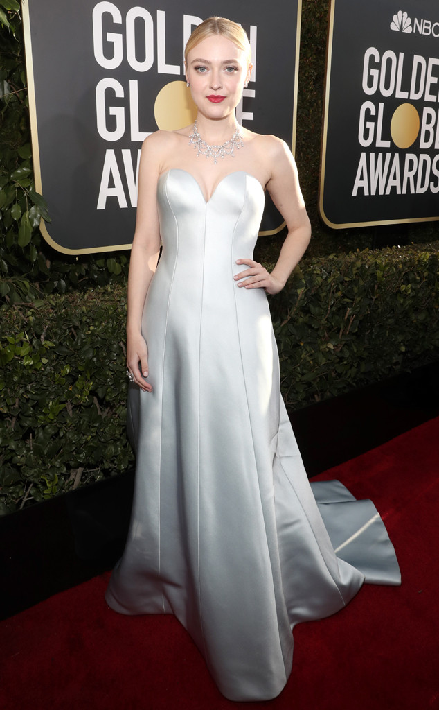 Dakota Fanning, 2019 Golden Globes, Golden Globe Awards, Red Carpet Fashions