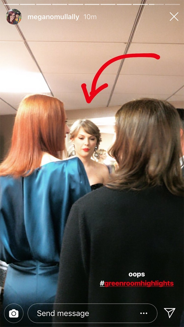 Spotted -  Nobody knew  Taylor Swift  was coming to the 2019 Golden Globes until  Will & Grace  star  Megan Mullaly  spotted the singer backstage.