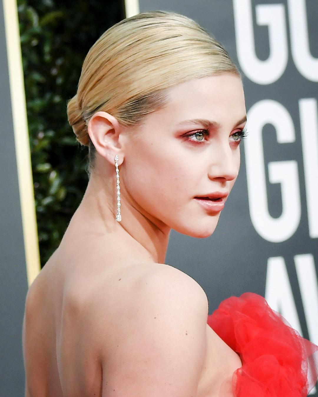 ESC: Golden Globes Beauty, Lili Reinhart