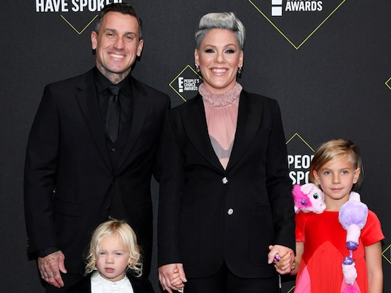 Les stars assistent en famille aux People's Choice Awards 2019