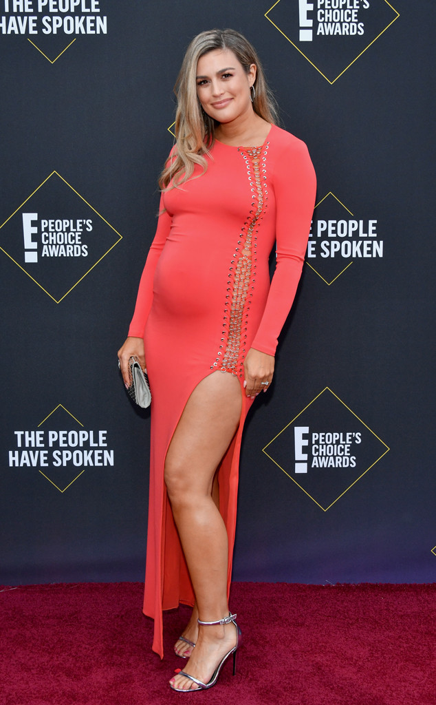 Carissa Culiner, 2019 E! People's Choice Awards, Red Carpet Fashion