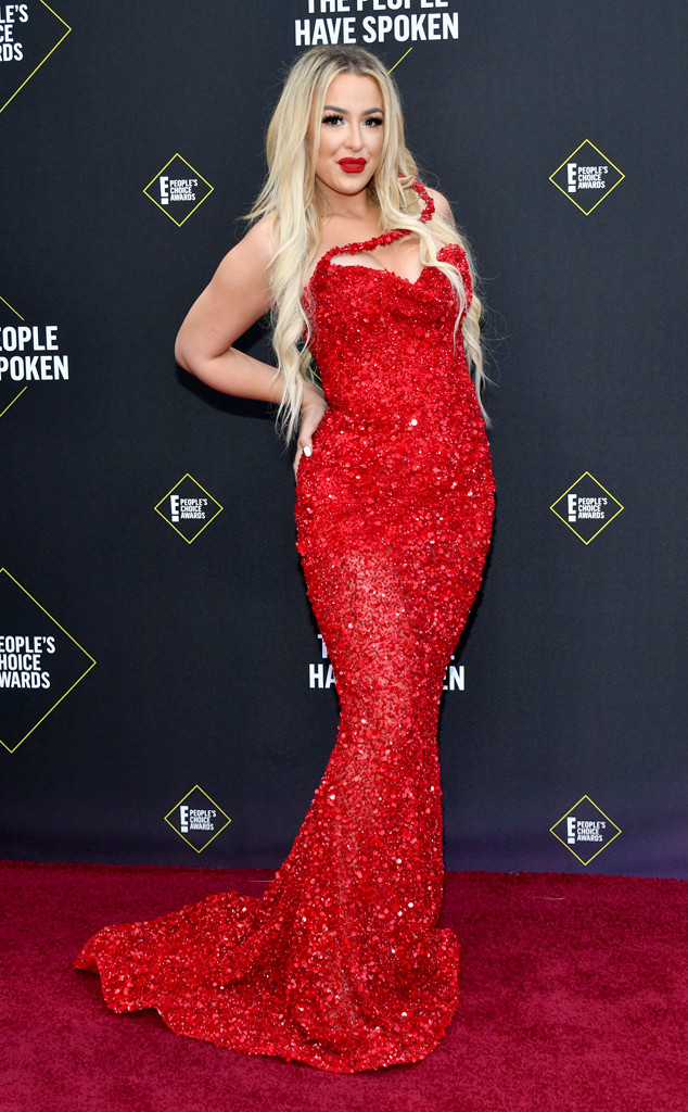 Tana Mongeau, 2019 E! People's Choice Awards, Red Carpet Fashion