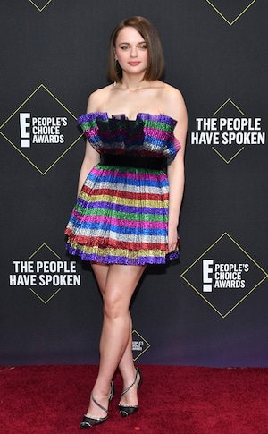 Joey King, 2019 E! People's Choice Awards, Red Carpet Fashion