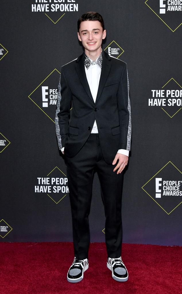 Noah Schnapp, 2019 E! People's Choice Awards, Red Carpet Fashion