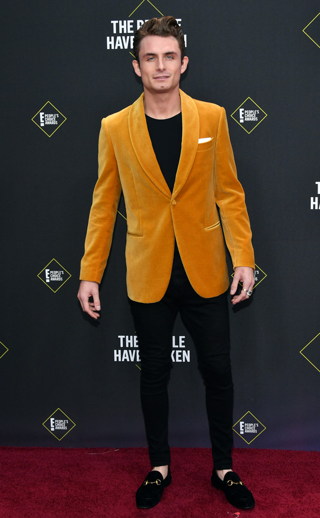 James Kennedy, 2019 E! People's Choice Awards, Red Carpet Fashion
