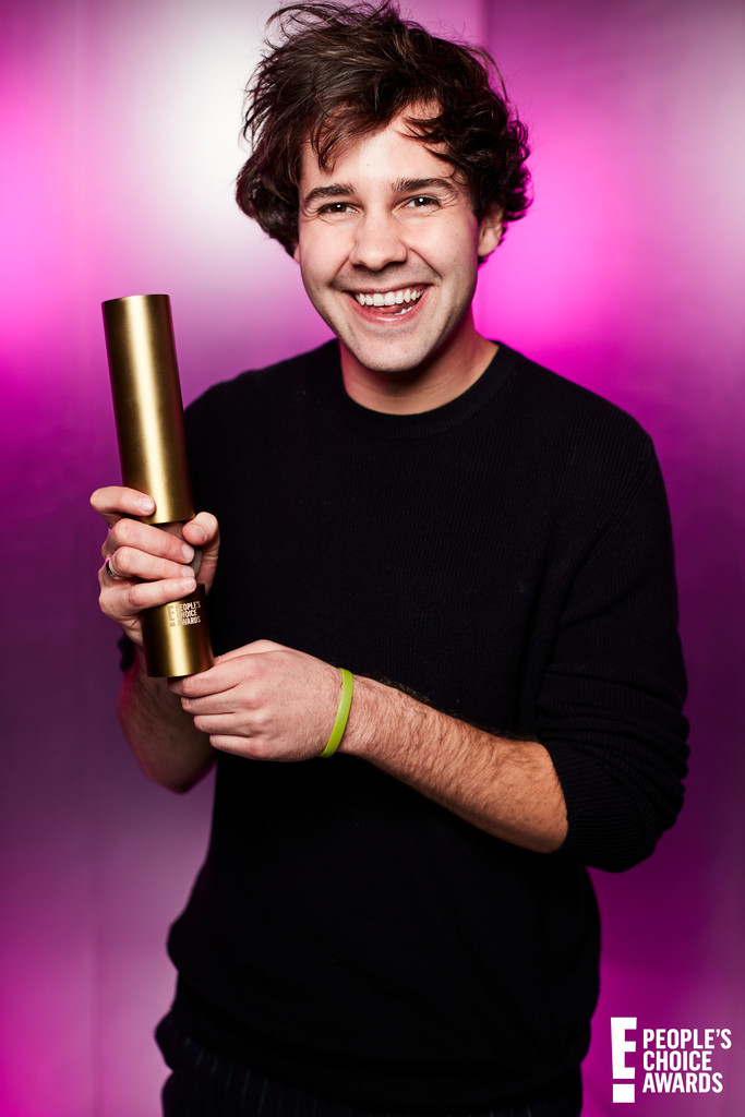 David Dobrik, 2019 E! People's Choice Awards, Portrait Studio