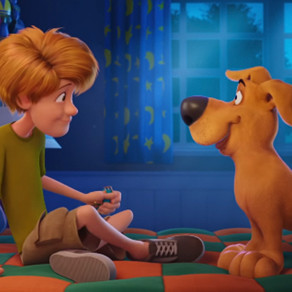 Zac Efron, Amanda Seyfried and More Are The New Mystery Gang in Adorable Scoob Trailer