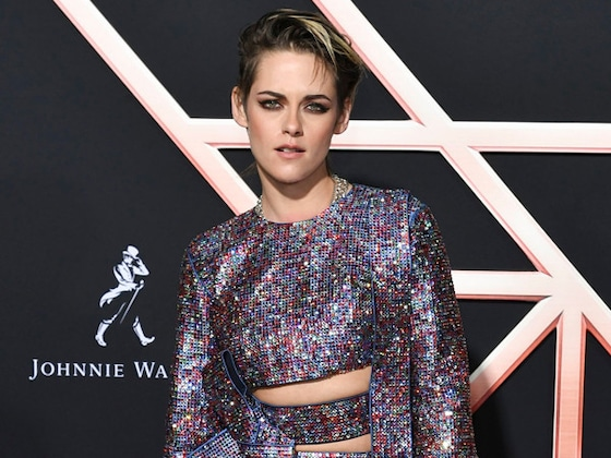 "Kristen Stewart Recalls Identity ""Struggle"" Amid Journey in the Spotlight"