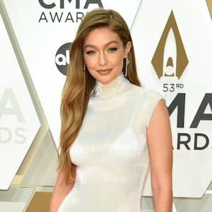 Gigi Hadid, 2019 CMA Awards, Red Carpet Fashion