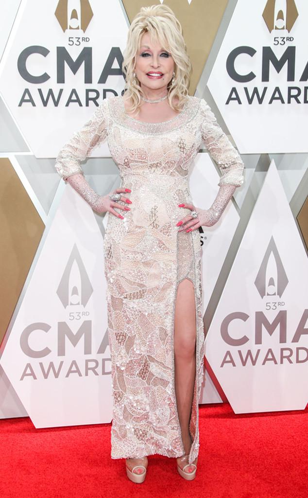 Dolly Parton, 2019 CMA Awards, Red Carpet Fashion