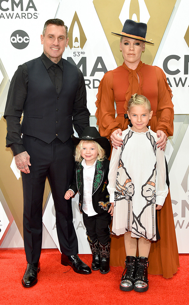 Pink, Jameson Hart, Willow Hart, Carey Hart, 2019 CMA Awards
