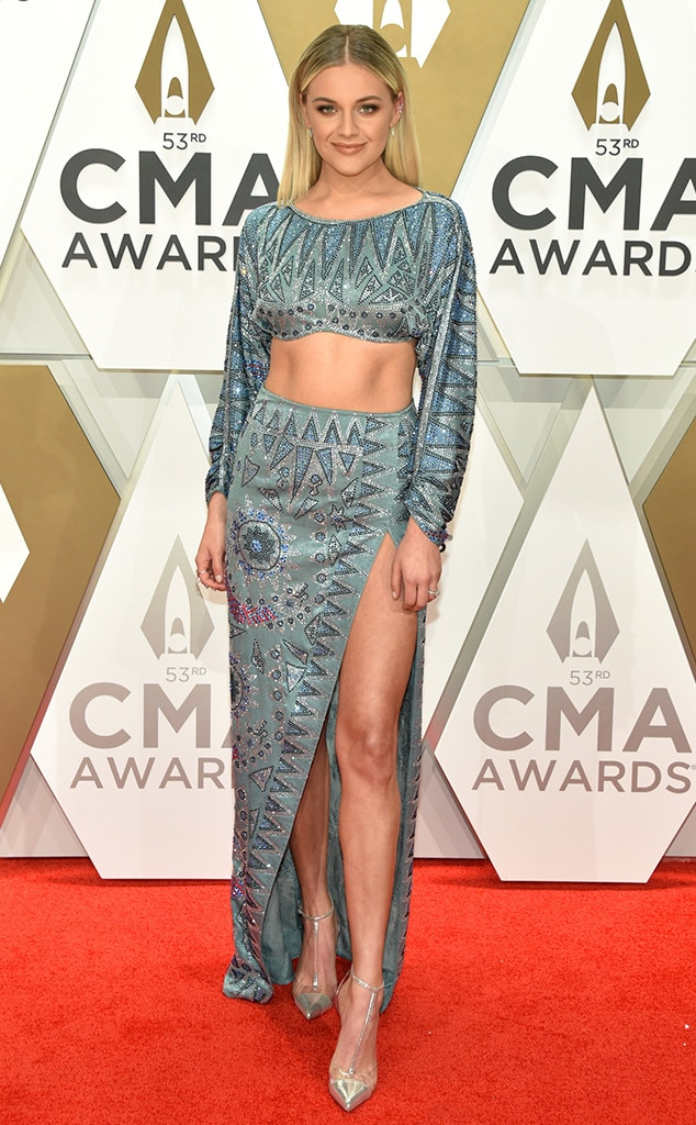 Kelsea Ballerini, 2019 CMA Awards, Fashion Police widget