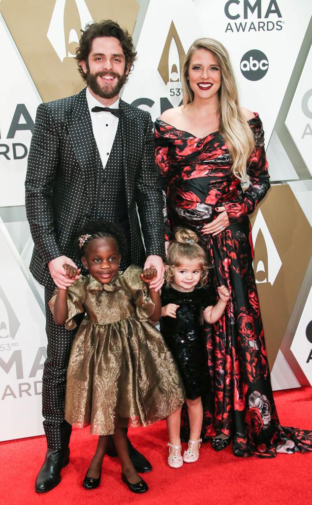 Thomas Rhett, Lauren Akins, Willa Gray Akins, Ada James Akins, 2019 CMA Awards, Couples