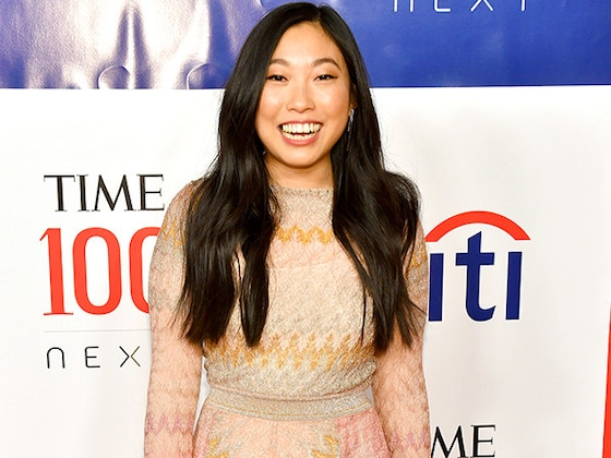 Awkwafina's Aunt Had the Most Bizarre Response to Her Golden Globes Nomination