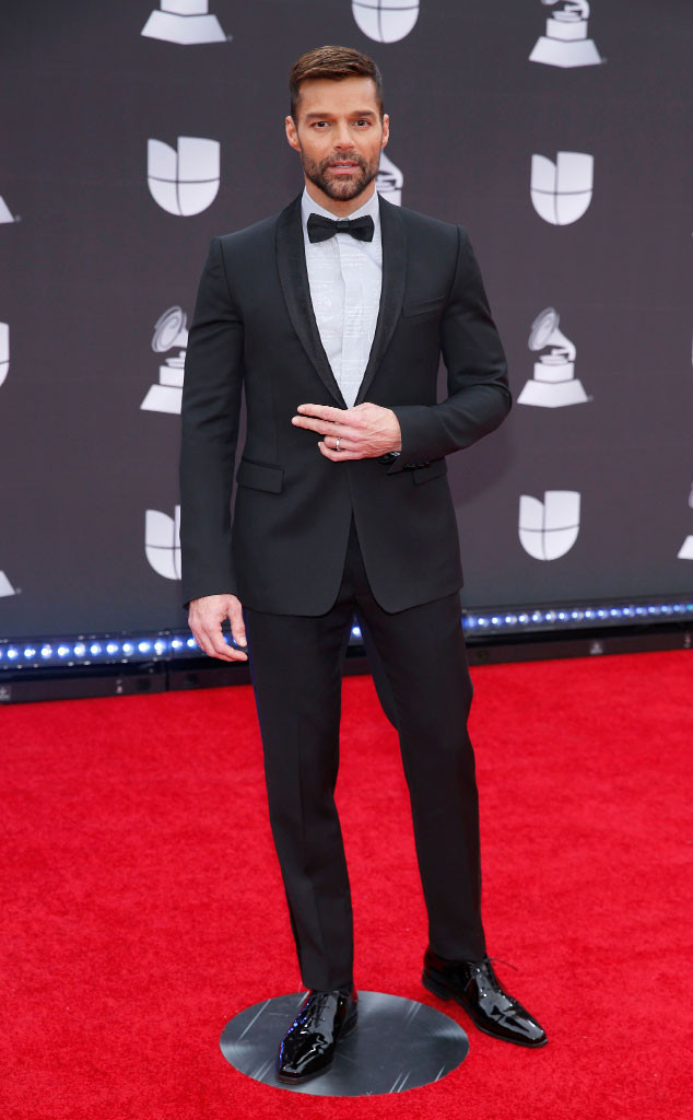 see all the latin grammy awards 2019 red carpet fashion looks e online see all the latin grammy awards 2019