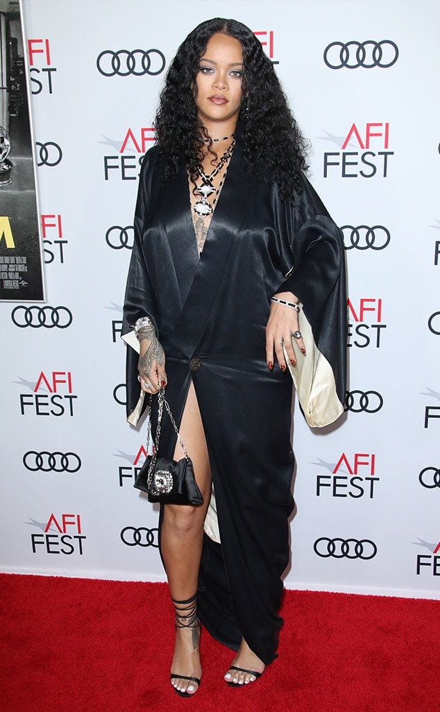 Rihanna, Fashion Police Widget