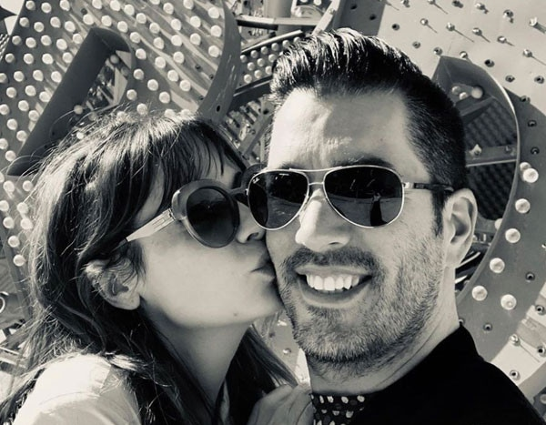 Zooey Deschanel and Jonathan Scott Have a ''Perfect Date Night'' in Las Vegas