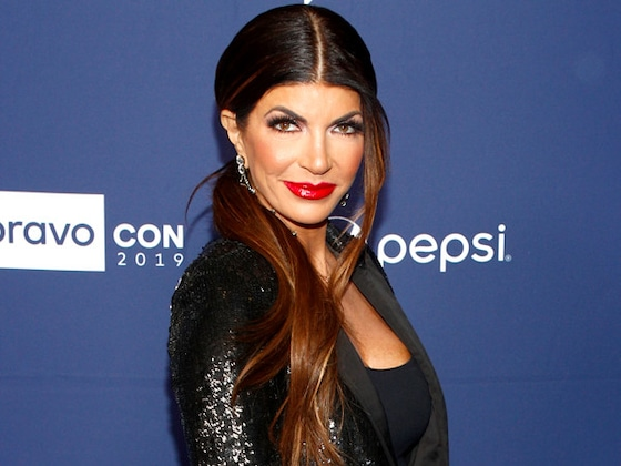 Teresa Giudice Leaves BravoCon Early to Take Her Father to the Hospital