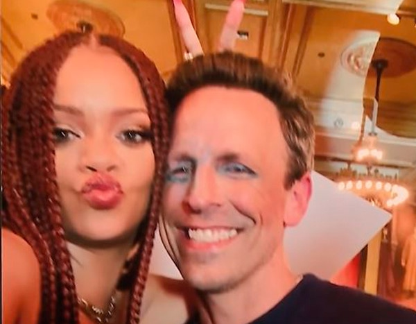 "Seth Meyers Reveals the One Thing Rihanna Is ""Bad"" at Doing"