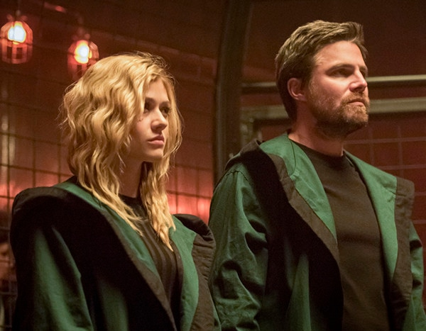 Arrow Is About to Dig Deep into Oliver and Mia's Relationship - E! Online