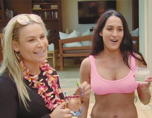 Surprise! See Nattie's Reaction When Brie & Nikki Bella Show Up In Hawaii on Total Divas