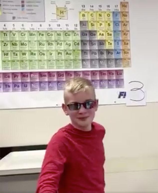 Jonathan Jones, color blind, glasses