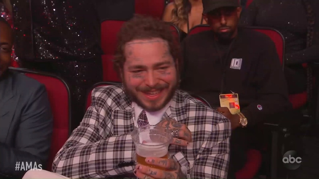 Post Malone Said the Most Random Thing During His AMAs 2019 Speech