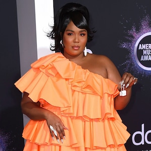 Lizzo, 2019 American Music Awards, Red Carpet Fashion