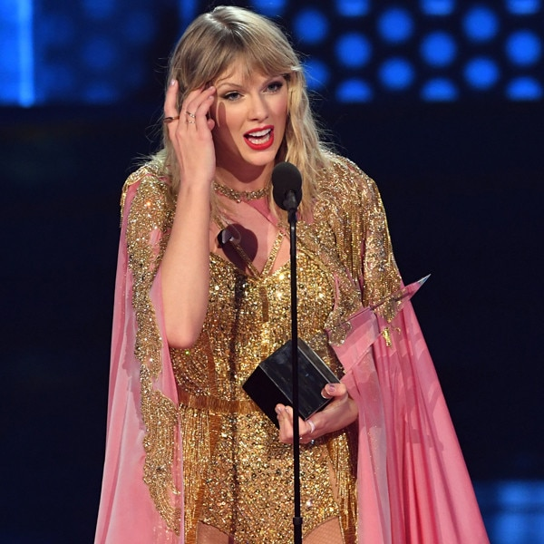 Taylor Swift slams 'toxic male privilege' during speech
