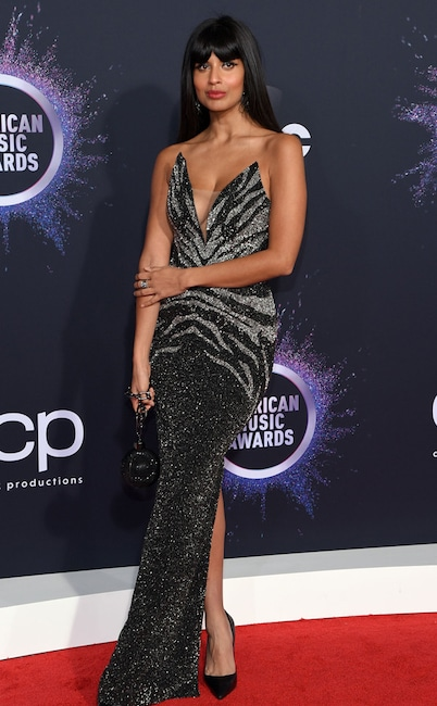Jameela Jamil, 2019 American Music Awards, Red Carpet Fashion