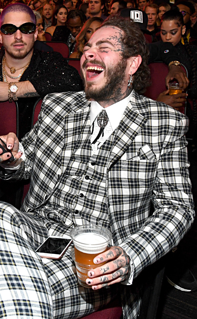 Post Malone, American Music Awards, Candids