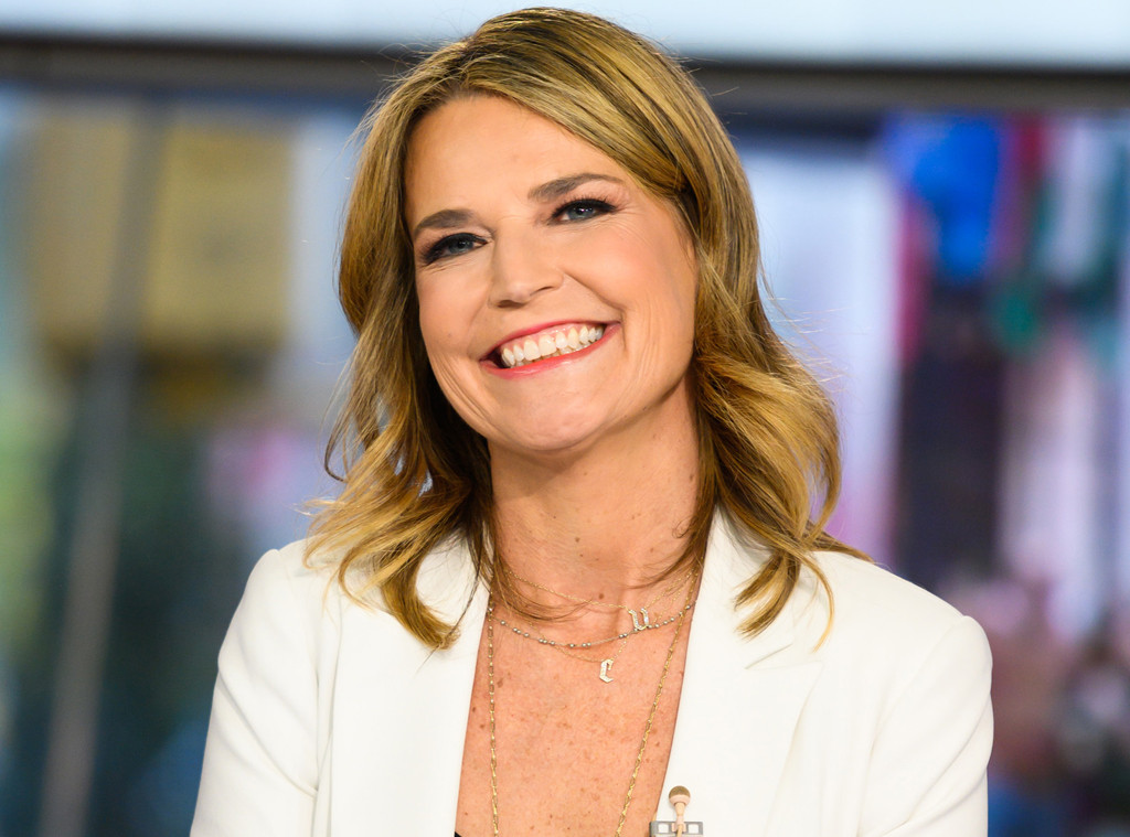 Today S Savannah Guthrie Co Anchors From Home Amid Mild Sore Throat E Online