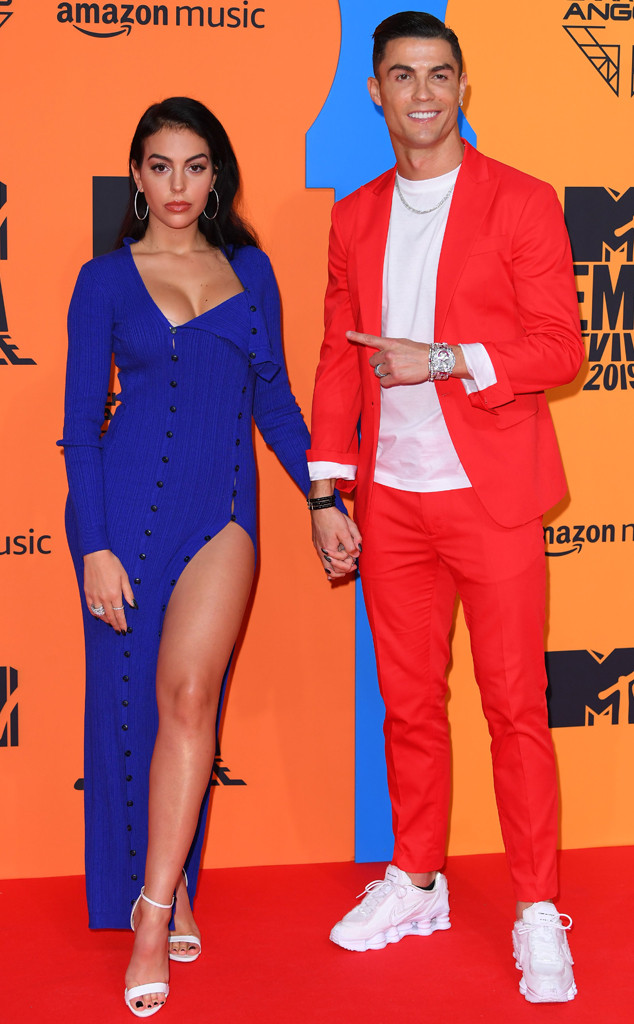 Cristiano Ronaldo And Girlfriend Look Electrifying At 2019 Mtv Emas E Online