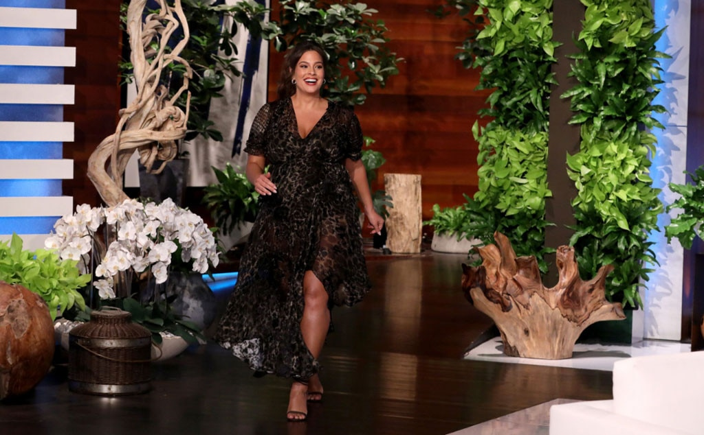 Ashley Graham expecting a baby boy