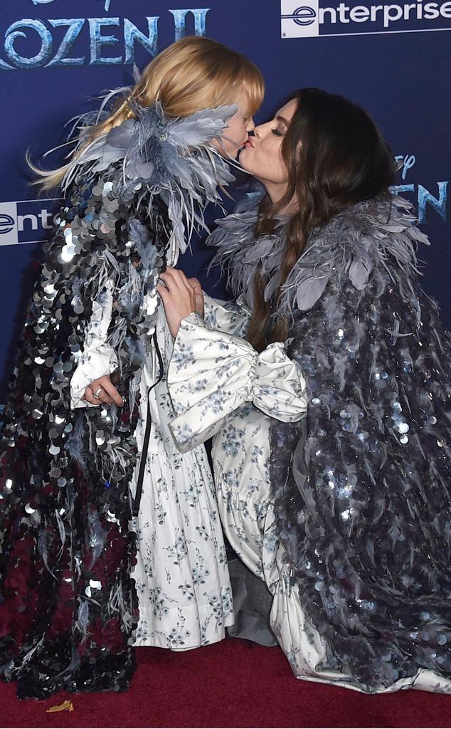 Selena Gomez, Gracie Teefey, Frozen ll premiere