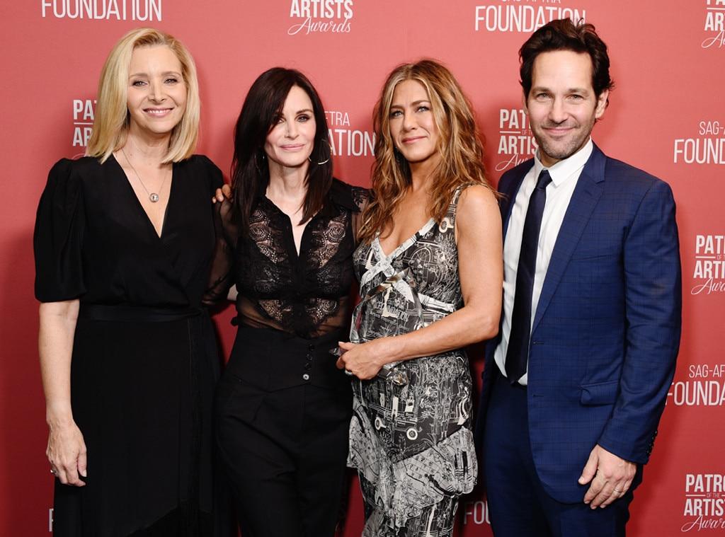 Lisa Kudrow, Courteney Cox, Jennifer Aniston, Paul Rudd