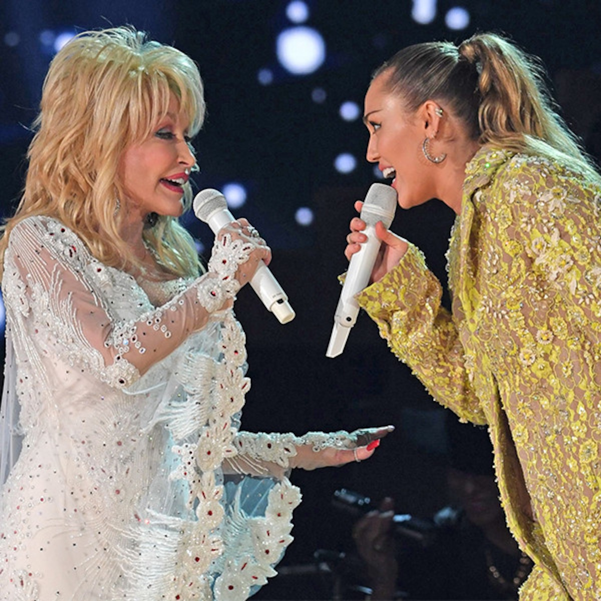 Dolly Parton Leads All Star Tribute To Herself At 2019 Grammys E Online Uk