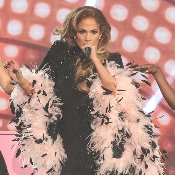 Smokey Robinson Tells Critics to ''Stop Hating'' On Jennifer Lopez's 2019 Grammys Performance