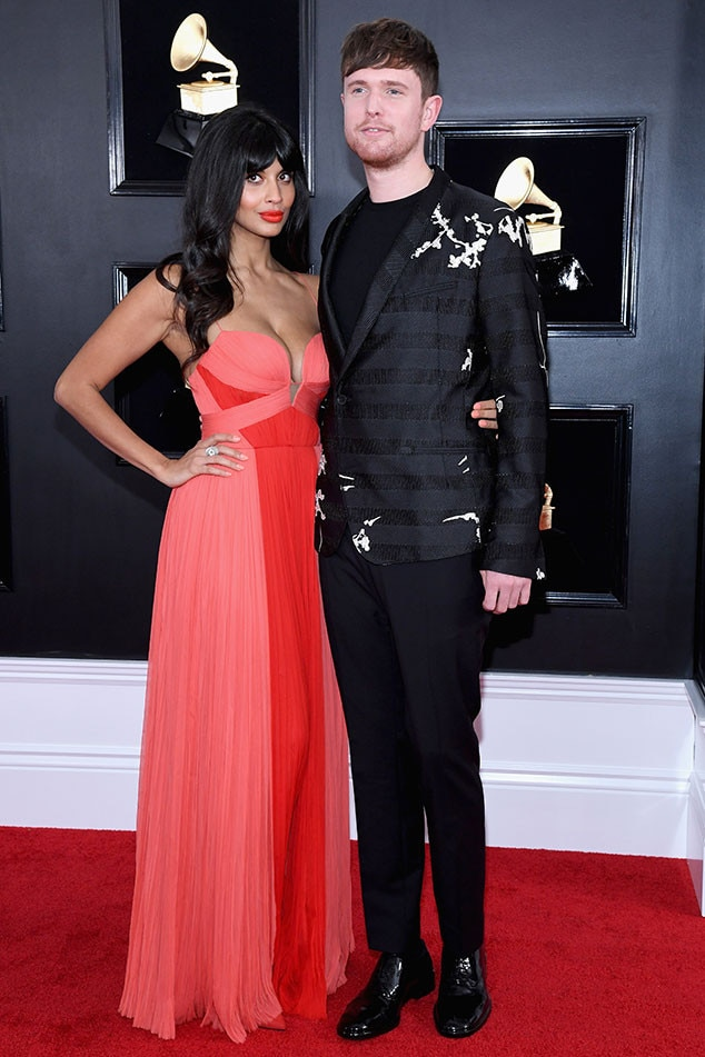 Jameela Jamil & James Blake - The Good Place  actress and the British singer-songwriter look so in love at music's biggest night.