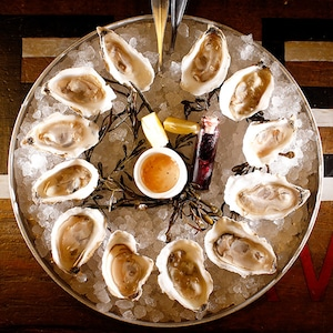 Oysters, Valentine's Day - thumbnail