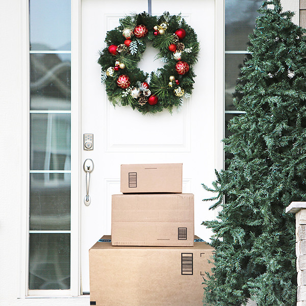 2019 Free Shipping Holiday Offers & Deadlines: Send Your Gifts in Time!